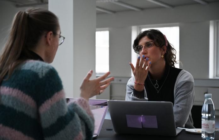 """Astrid og Alberte i samtale om mulighederne Podcast Academys """"Talent Camp"""""""